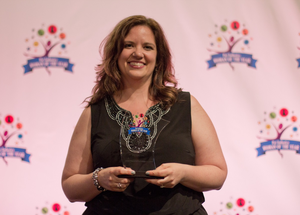 "Lorien Clemens and the pet industry ""Woman of the Year"" award for 2014"