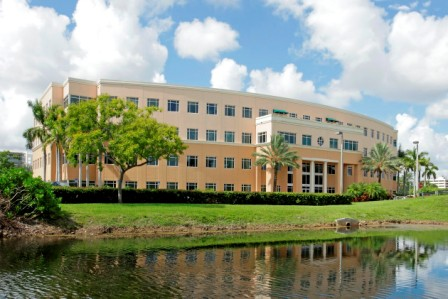 8200 Doral office building