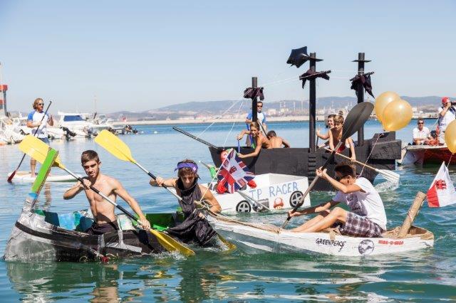 Cardboard Boat Race 2014 www.oceanvillage.gi (5)