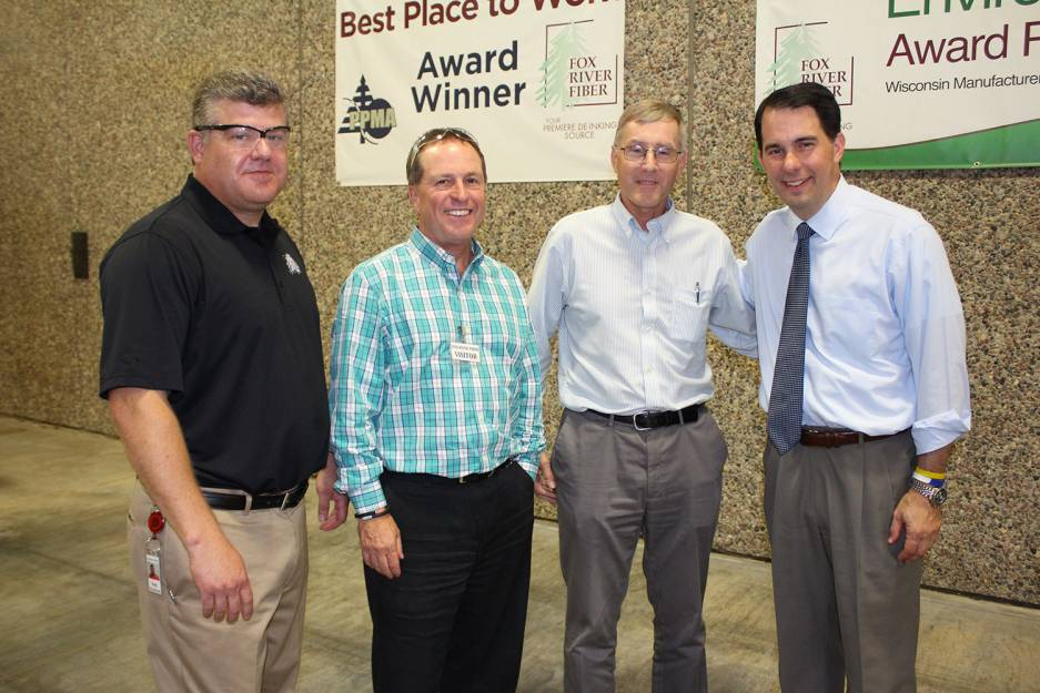 WI Governor Scott Walker at Fox River Fiber