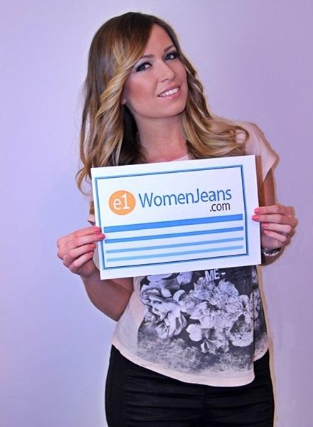 Women_Jeans_USA_Held_Logo_600