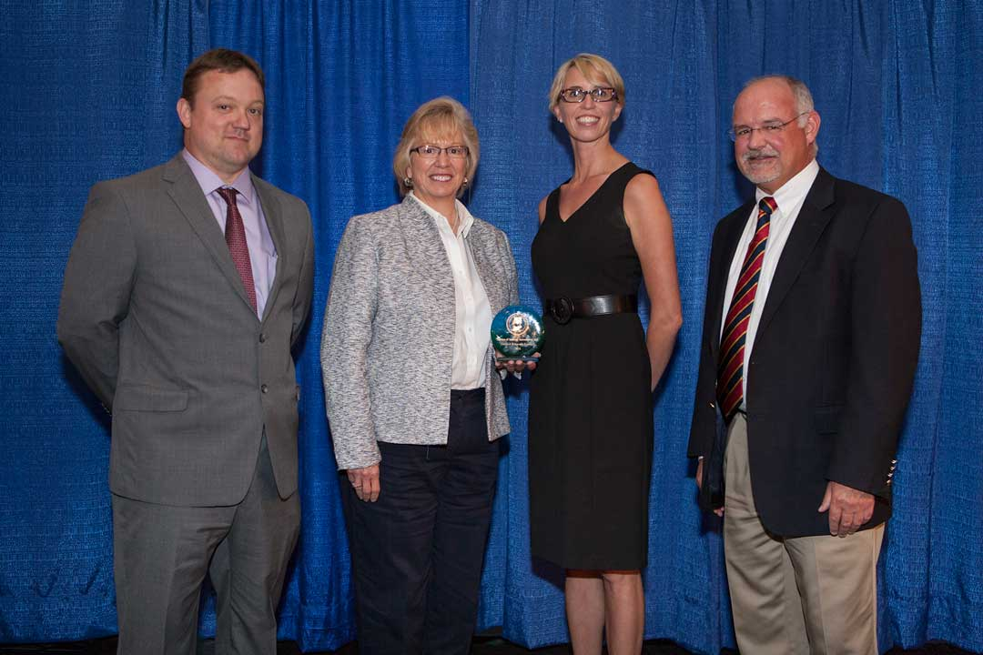SIA-Presented-with-Governor's-Award