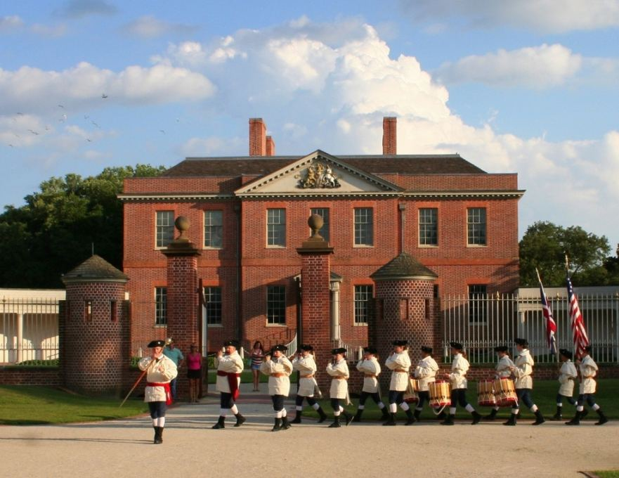 Fife and Drum Corps at Tryon Palace