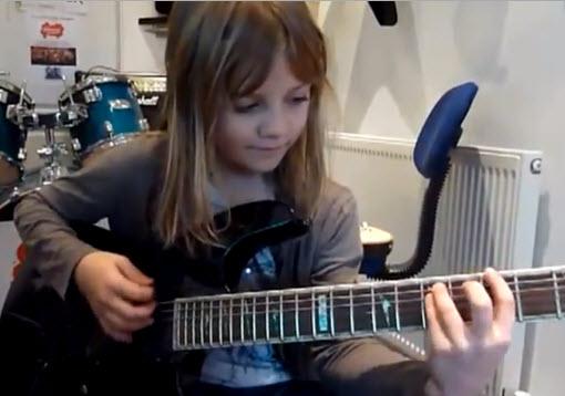 Beginner Guitar Lessons Camp