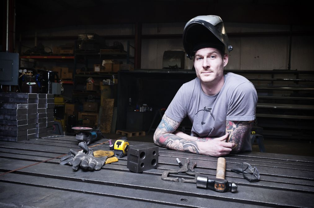 Cleveland furniture builder Jason Radcliffe competes on Spike TV's ...