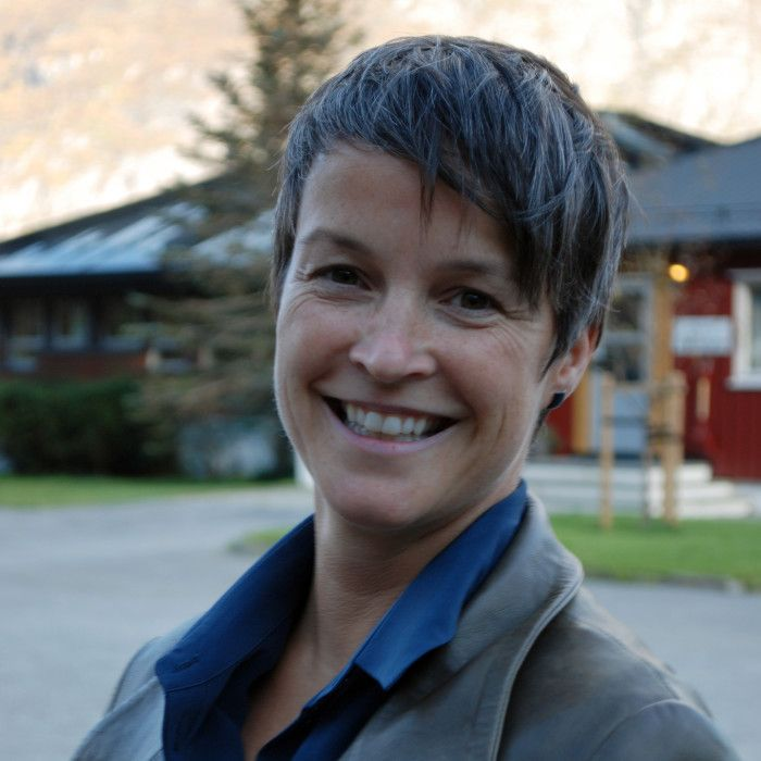 Dr. Mari Moren