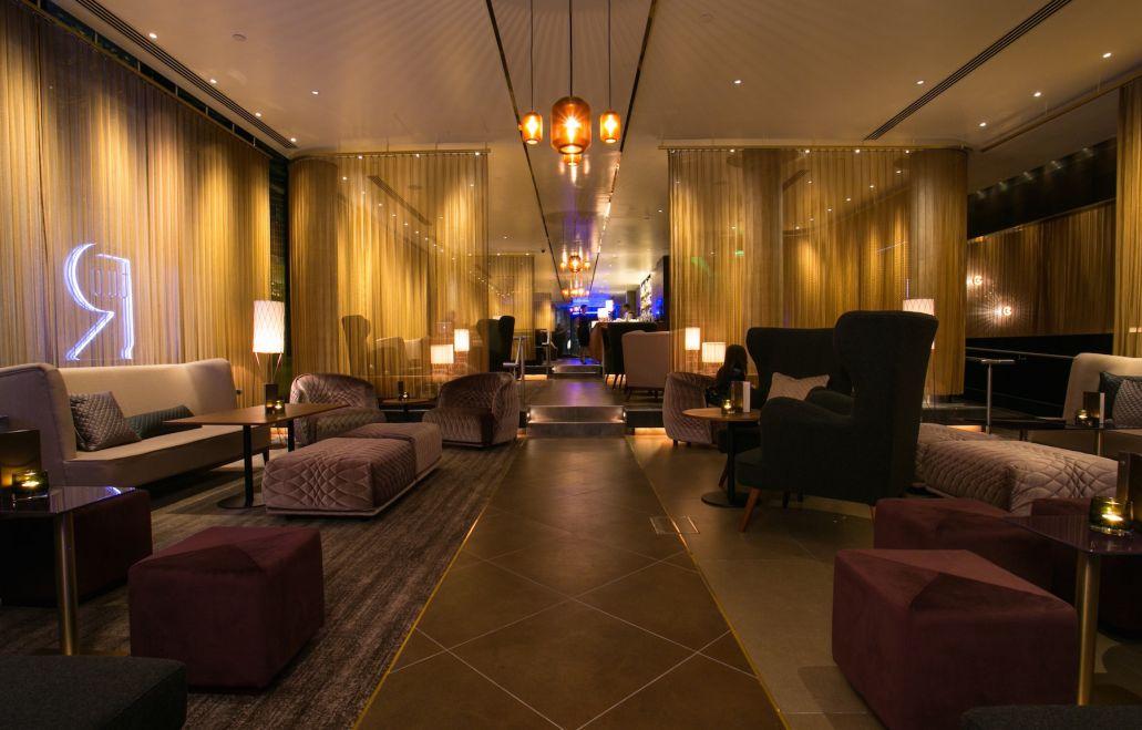 Evening at TwoRuba, located in the Hilton Tower Bridge hotel