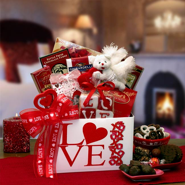 Valentine 39 s day gift baskets for your sweet girlfriend for What is the best gift for valentine