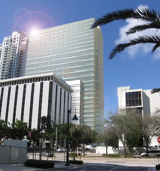 Moss associates awarded 1010 brickell construction for 13th floor investments