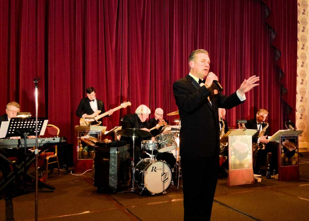 "Dave Halston on stage with his ""Little Big Band"""