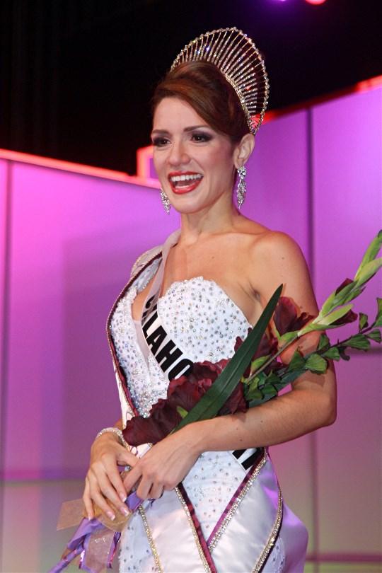 Coronation of Karla Ferrari as Miss U.S Latina 2014 last September.