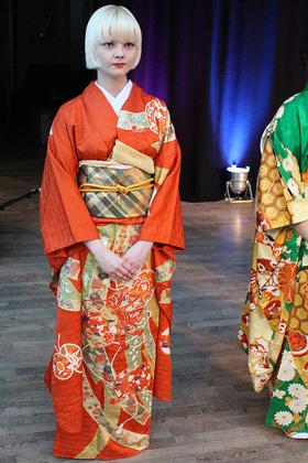 Furisode Kimono Show