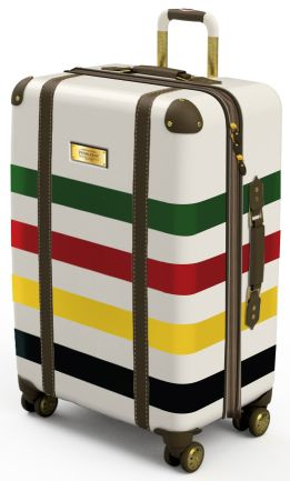Ricardo's new Pendleton Luggage collection features exclusive National Parks.