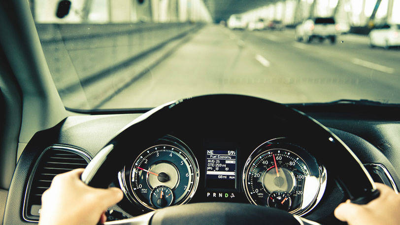 Chrysler To Revolutionize Minivan Market With Plug In