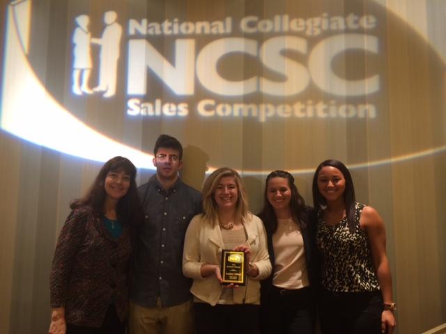 Ellen Daniels (left) and four Kent State students attend NCSC 2015.