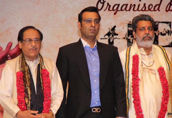Mr. Tarun Shienh with Ghulam Ali Ji & Pt. Vishwanath Ji