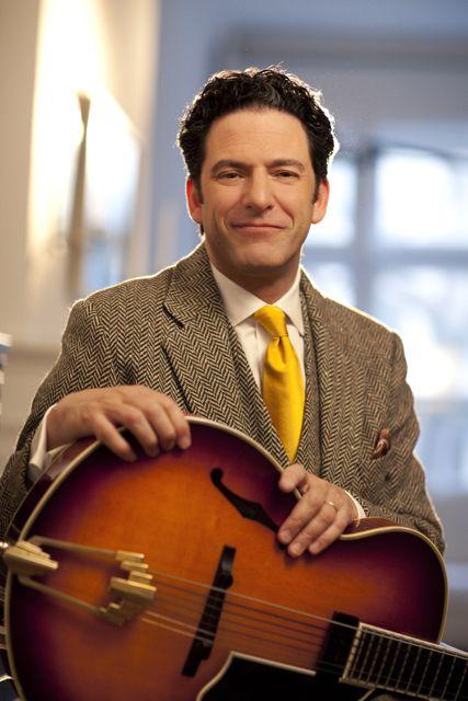 Jazz guitarist and singer John Pizzarelli