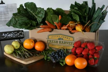 Talley Farms offers a variety of locally grown fruits and vegetables in each box