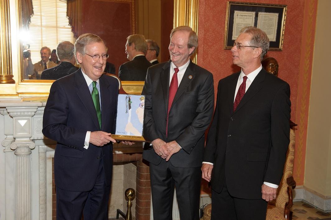 Sen. McConnell, APH Pres. Tuck Tinsley III, and Board Chair W. Barrett Nichols