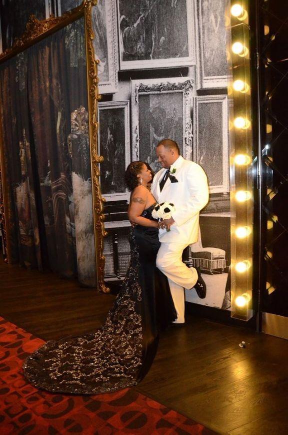 Black wedding dress Bride&Groom