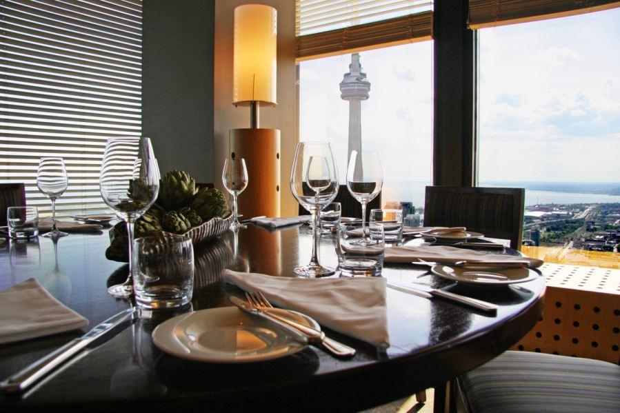 best dating restaurants toronto Toronto dating – top 10 guide to  toronto dating – top 10 guide to toronto dates by eharmony staff july 29, 2008  toronto has countless restaurants, sure.