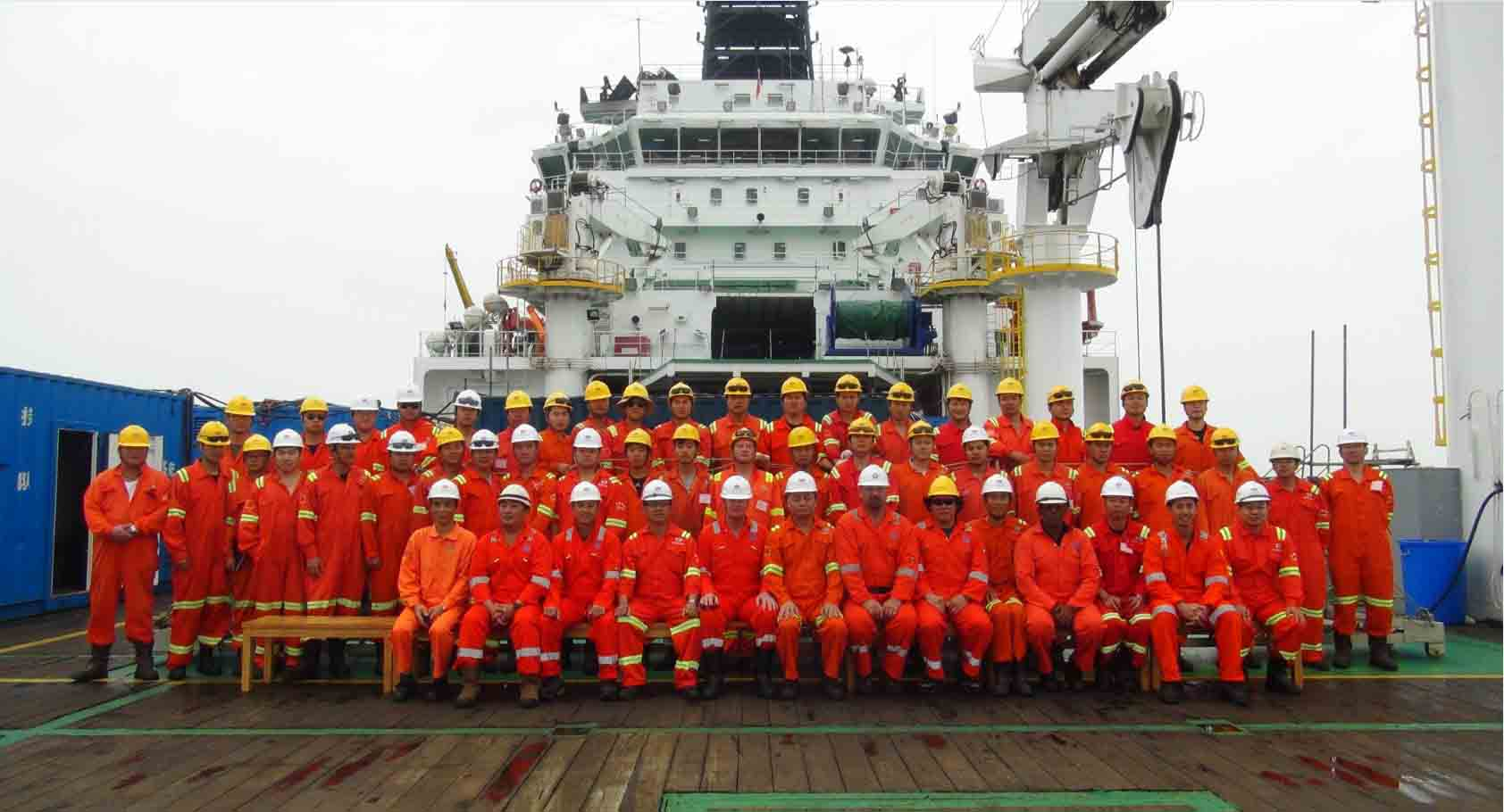 Shanghai Salvage Company Divers with KBA Assessmen
