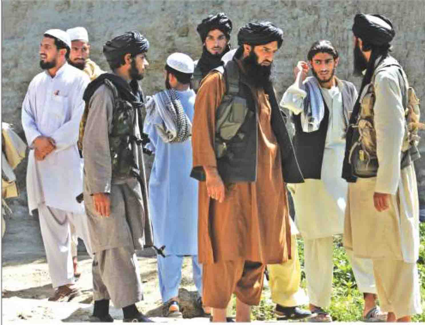 Taliban fighters have sanctuaries in border areas between Pak & Afganistan