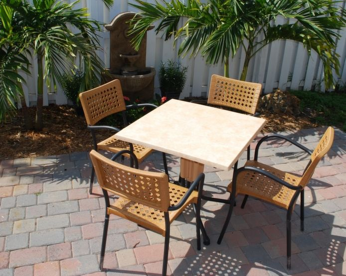 Miami Outdoor Furniture Store fers Great Deals on Patio