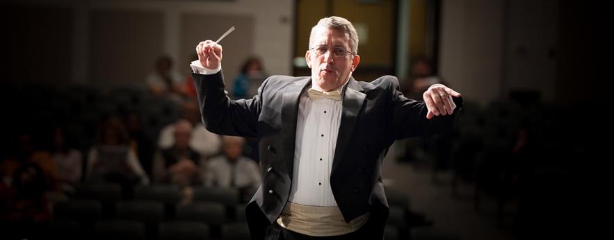 Eduardo M. Cedeño, Conductor