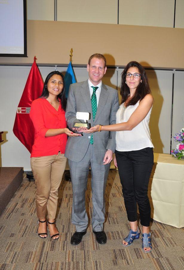 IBT Peru general manager Daniel Querub with Francesca Aucuri and Vera Pons