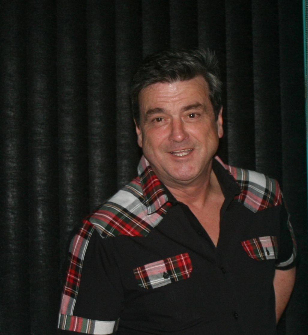 Les McKeown Greets Fans at Jersey Shore Event (Photo: Mary Ellen Landolfi)