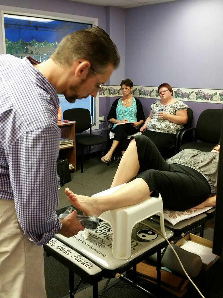 Dr Todd Cold Lasering for Plantar Fasciitis 9-17-15