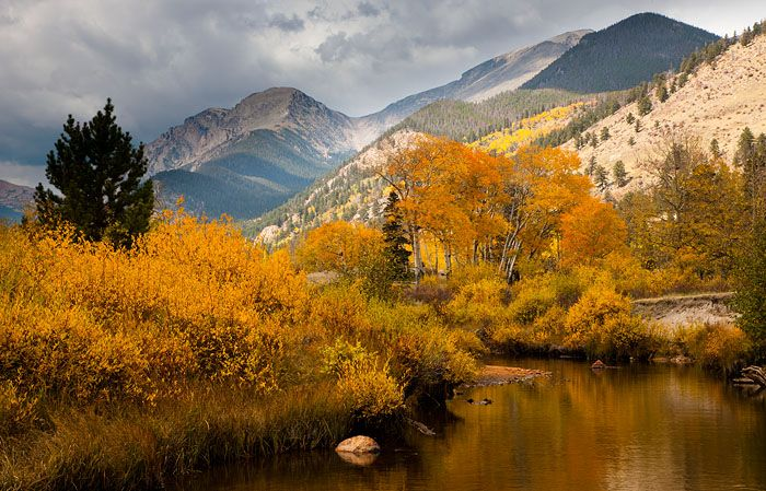 Rocky Mountain Bliss:   Explore immersive journeys with GeoTourist multimedia.