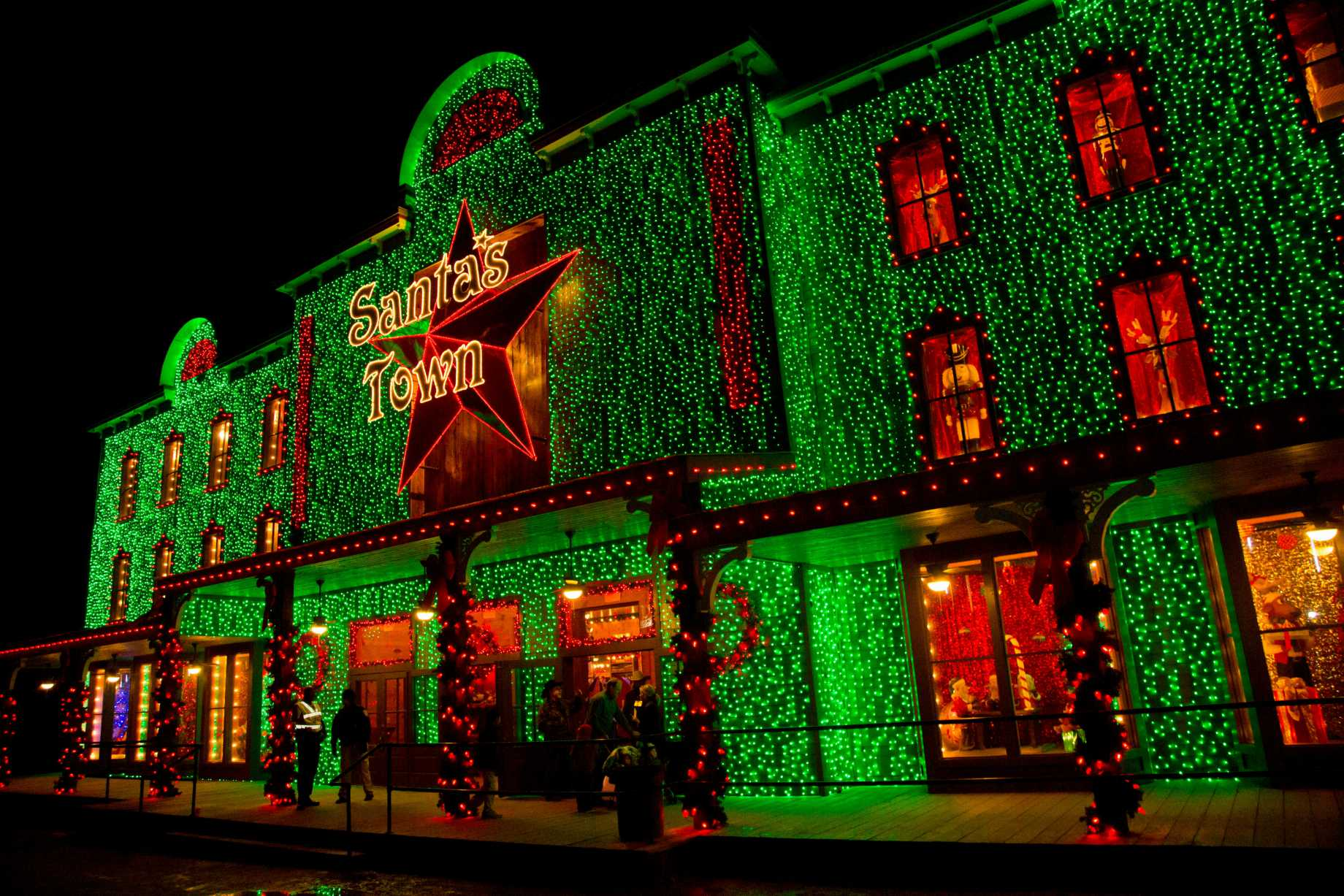 Santa s wonderland gearing up for the biggest christmas in
