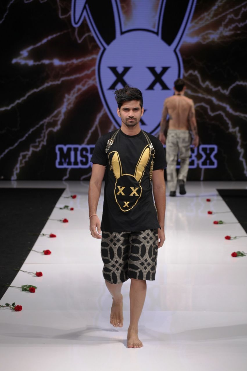 International Superstar Vishal Singh walking for Mister Triple X at LAFW SS16