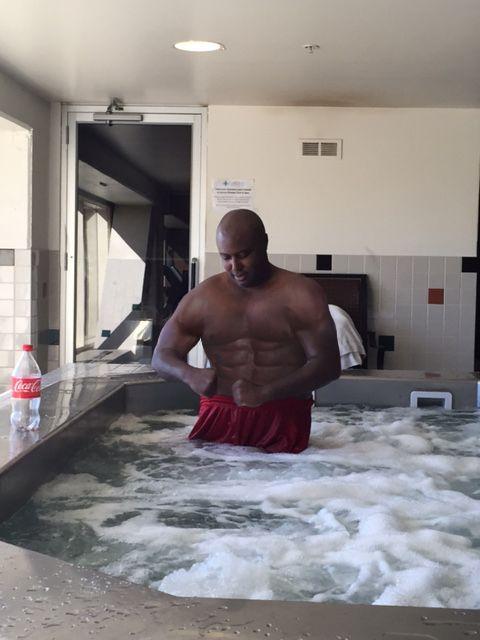 227's™ Jamaal's Bodybuilding Spicy' Muscle! Jamaal's Bench Press 416 lbs! NBA!