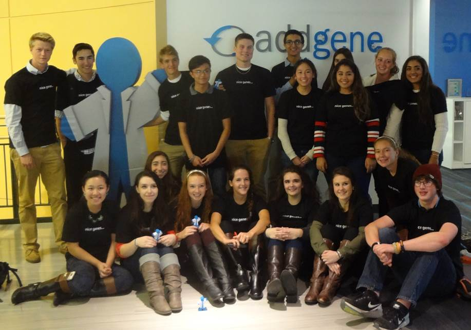 Students from Dennis-Yarmouth Regional High School visit Addgene.