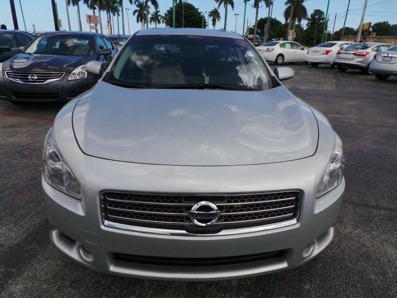 west palm beach auto dealership has the 2013 nissan altima for 499 down us off lease autos. Black Bedroom Furniture Sets. Home Design Ideas