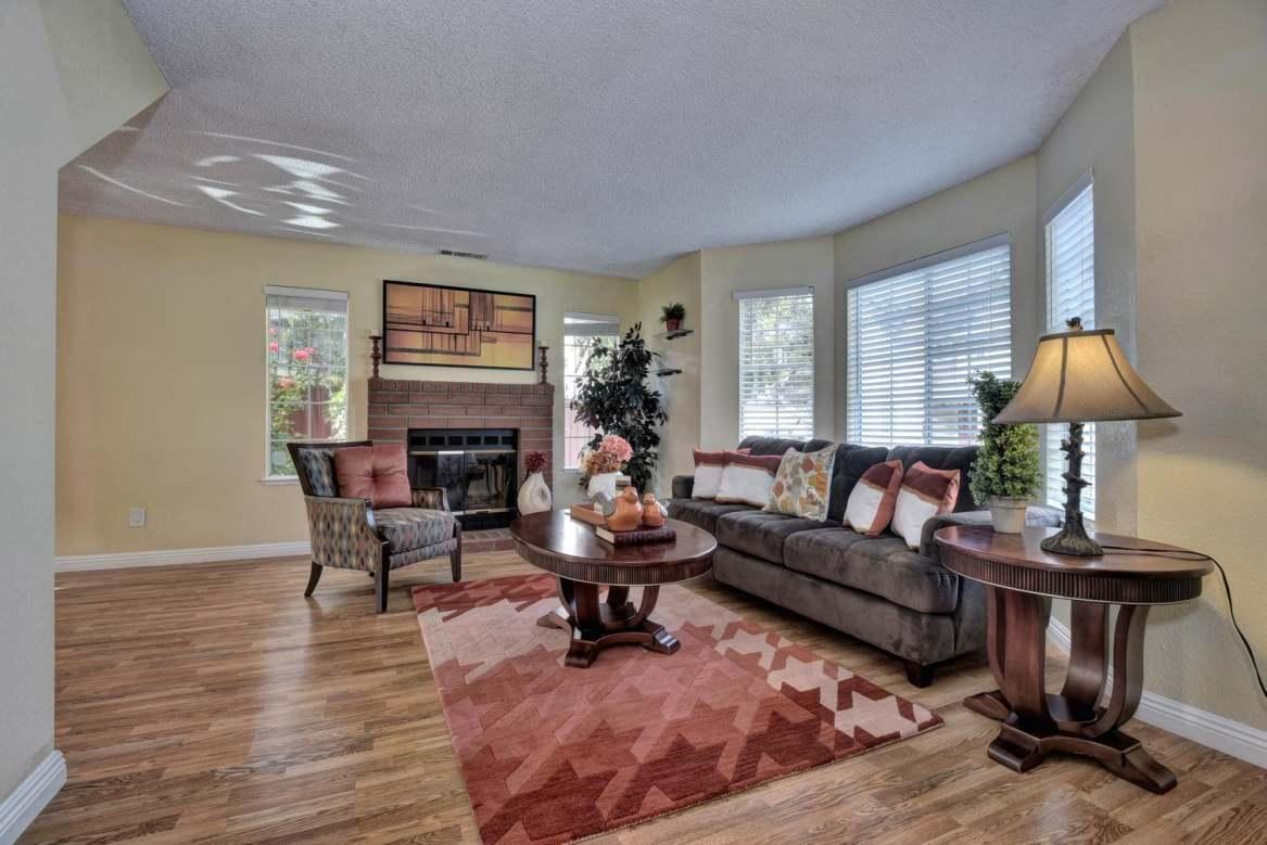 5295 Matthew Terrace Living Room, Fremont CA