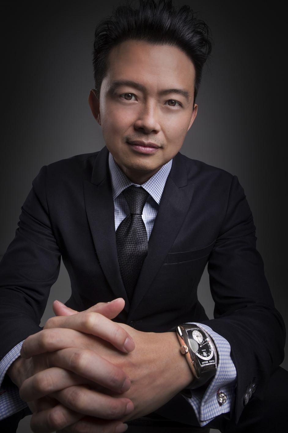 Venture's New CEO-Edward BOCK