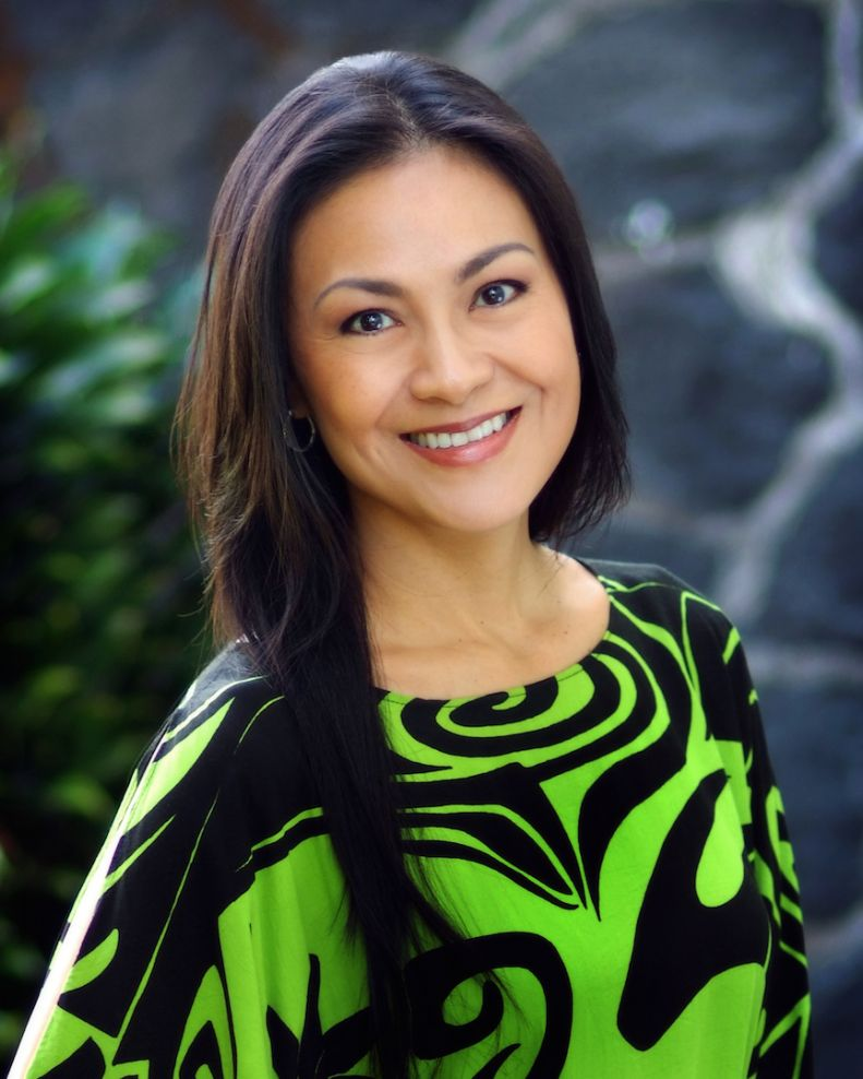 Renee hill hired as broker in charge hawaii life hilo for Hawaii life real estate brokers