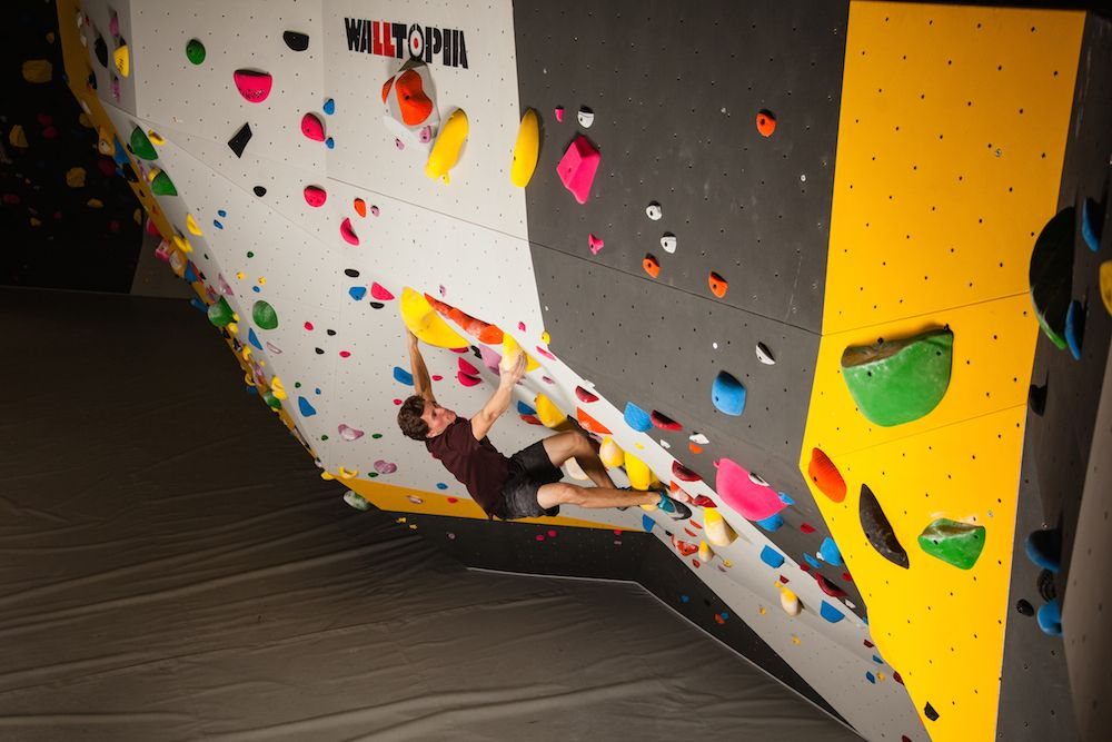Nathaniel Coleman training at Momentum Indoor Climbing.