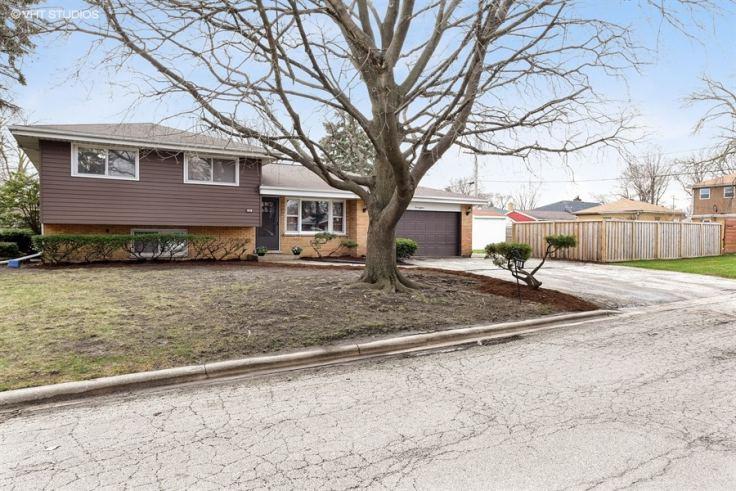 Home For Sale On Ridge Drive High Ridge Mo
