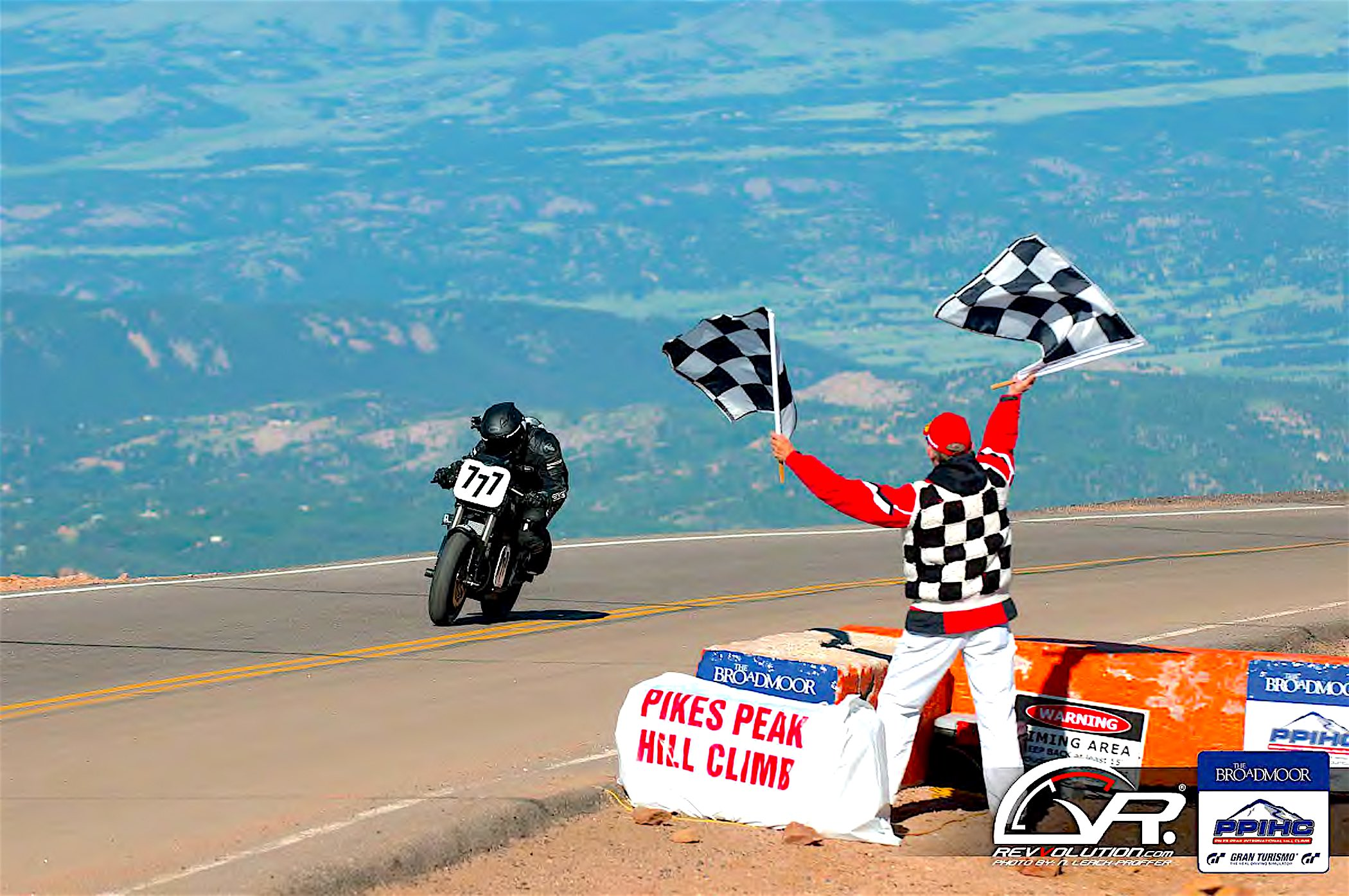 Hollywood Electrics Racing - Pikes Peak Finish Line 2015