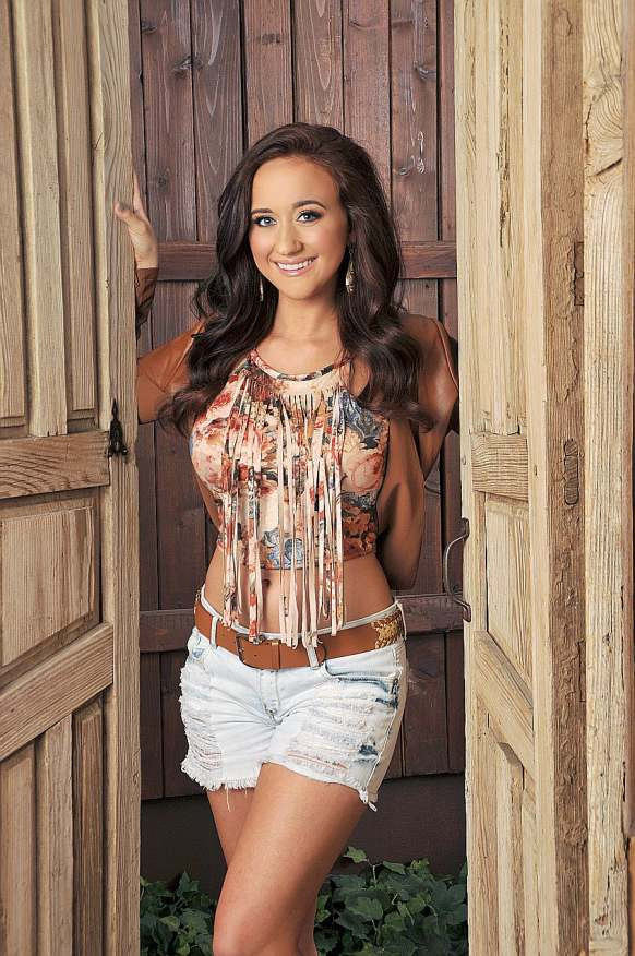 Official CMT and National Recording Artist Ashley Wineland