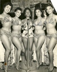 Mercedes Valdes (c) and the Cuban Dancing Dolls