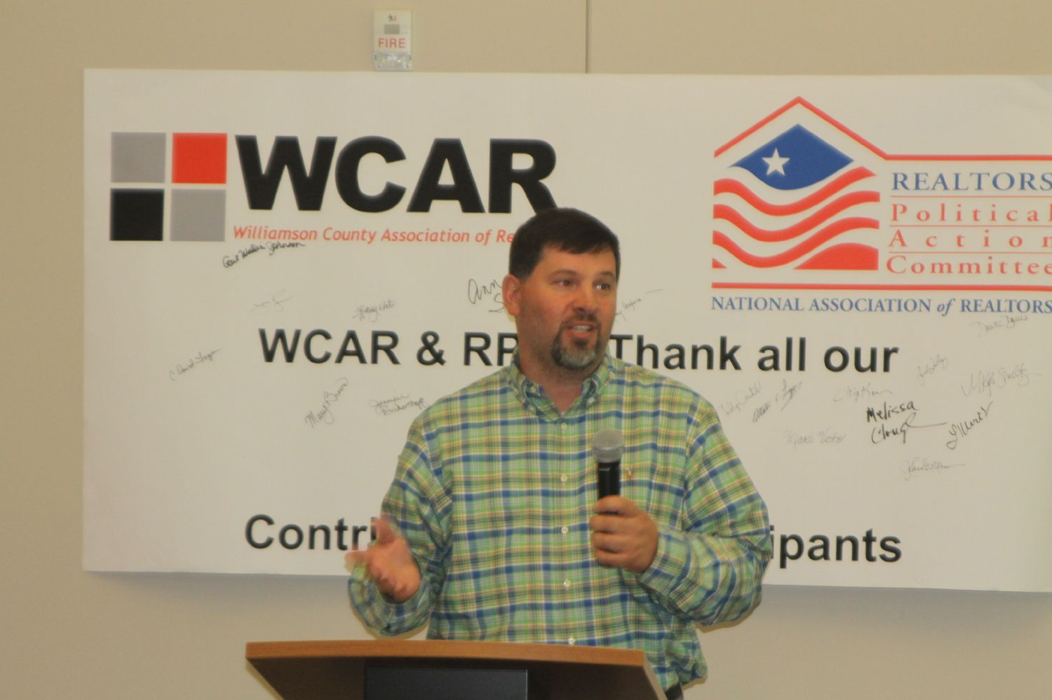 TouchPoint Clean CEO Chuck Kincade addresses members of the WCAR