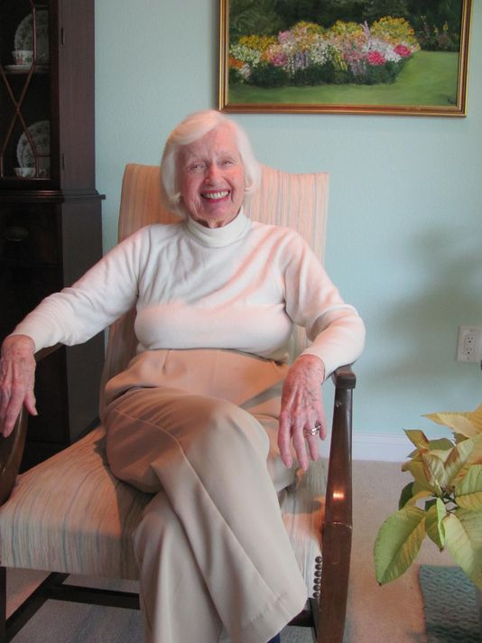 Patty Ris, 87, saved from choking by Dr. Heimlich