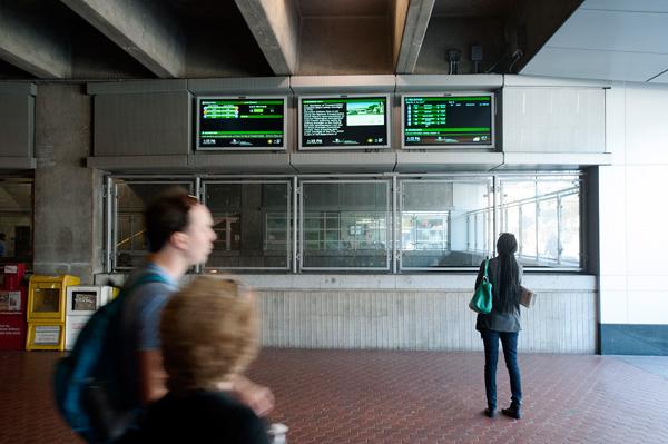 Redmon Transit Displays at the Rosslyn Metro Station.