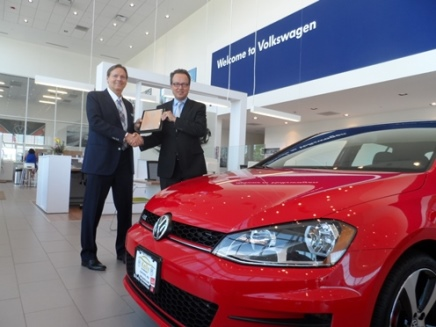 Kelly Volkswagen Wins Elite 2015 Customer First Club Award